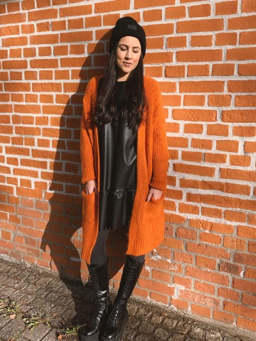 Damenstrickjacke mit Zopfmuster, orange